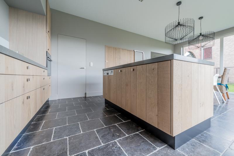 Keukens Op Maat Herzele : Keukens op maat van uw schrijnwerker meubelmaker