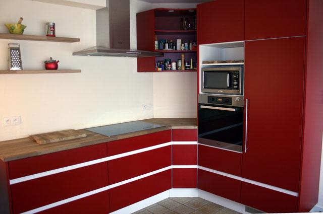 Keuken Rood Wit : Interieur Van Gool realiseert uw droomkeuken tegen een verteerbare