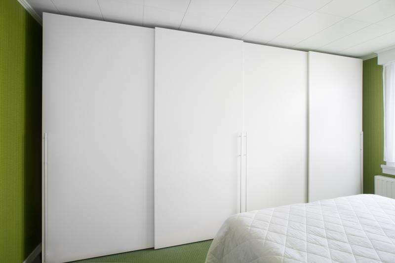 Slaapkamer Kast Schuifdeur : slaapkamerkast op maat - schuifdeuren