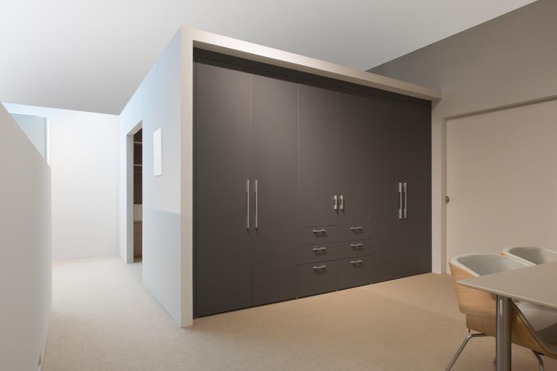kasten op maat van de schrijnwerker meubelmaker interieur van gool. Black Bedroom Furniture Sets. Home Design Ideas